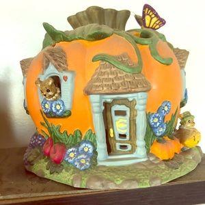 Party light pumpkin house